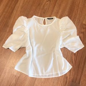 Puffy sleeve blouse NEW